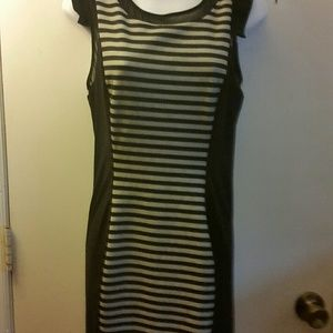 BEBE *DRESS *Sz MEDIUM *BK/GREY